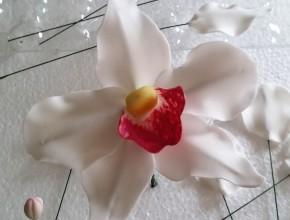 binden und bemalen der Blüte