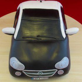 Frontansicht der Opel ADAM-Torte